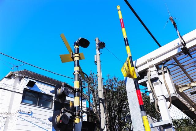 南新宿駅2号